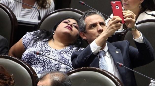 Politicos_Flojos_PanyCircco_4
